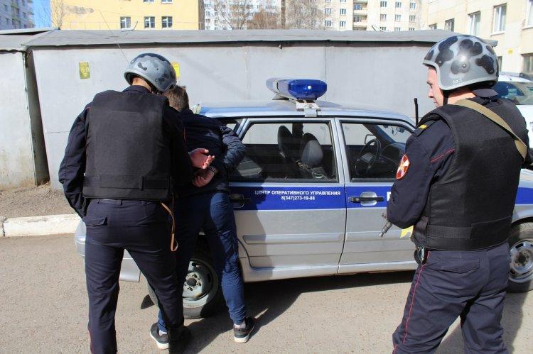 В Уфе росгвардейцы задержали подозреваемого в убийстве
