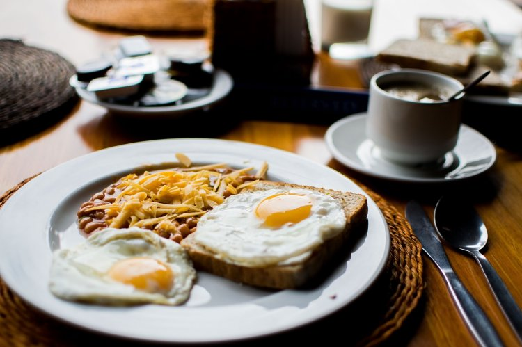 Названа главная опасность отказа от завтраков