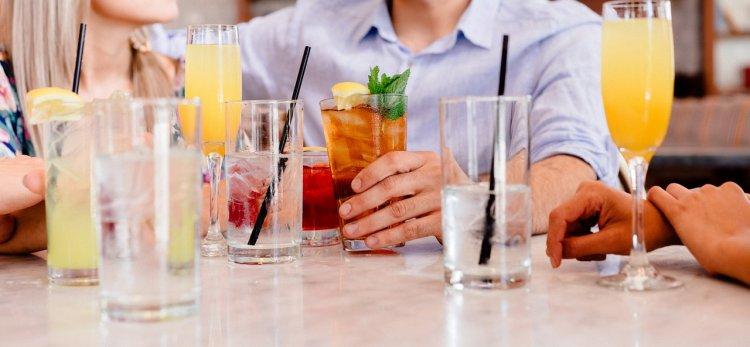 Эксперты назвали самые полезные напитки для утоления жажды