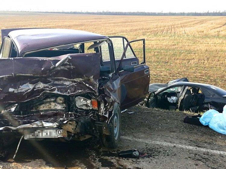 В ГИБДД Башкирии сообщили подробности аварии, в которой скончалась женщина и пострадала семья