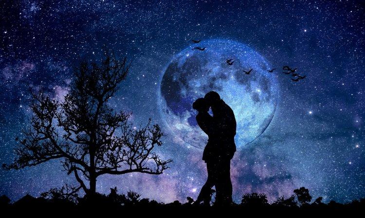 18 мая на нашем небосклоне появится Цветочная луна