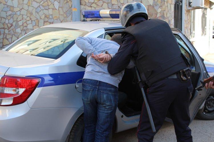 В Стерлитамаке росгвардейцы задержали подозреваемых в грабеже