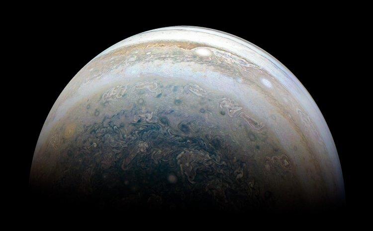 Уфологи обнаружили таинственные космодромы на Юпитере