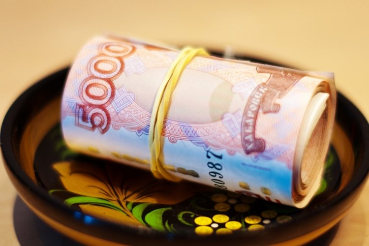 Средняя зарплата в Башкирии выросла до 35  тыс рублей