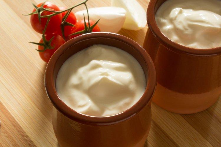 Производителей сметаны и сыра уличили в обмане россиян
