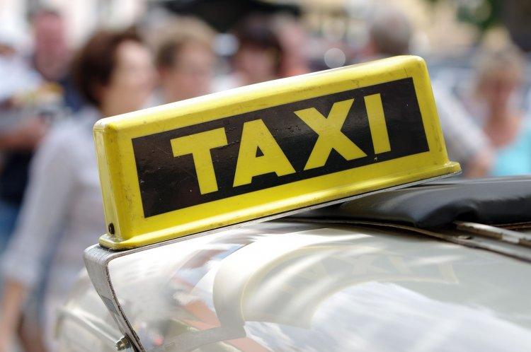 В Стерлитамаке пассажир напал на водителя такси с ножом