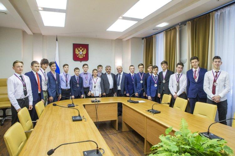 Юные хоккеисты из Башкирии стали серебряными призерами всероссийских соревнований
