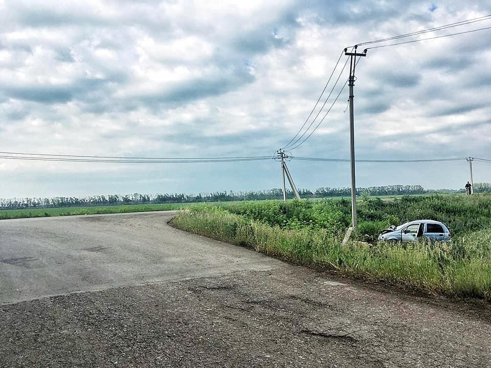 Смертельное ДТП в Башкирии: Daewoo Matiz вылетела в кювет, перевернулась и врезалась в столб