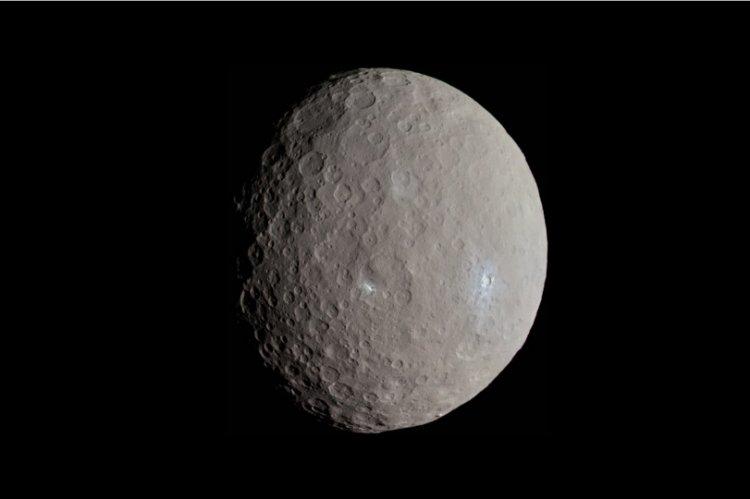 На карликовой планете Церера обнаружены строения, там могут обитать наши предки