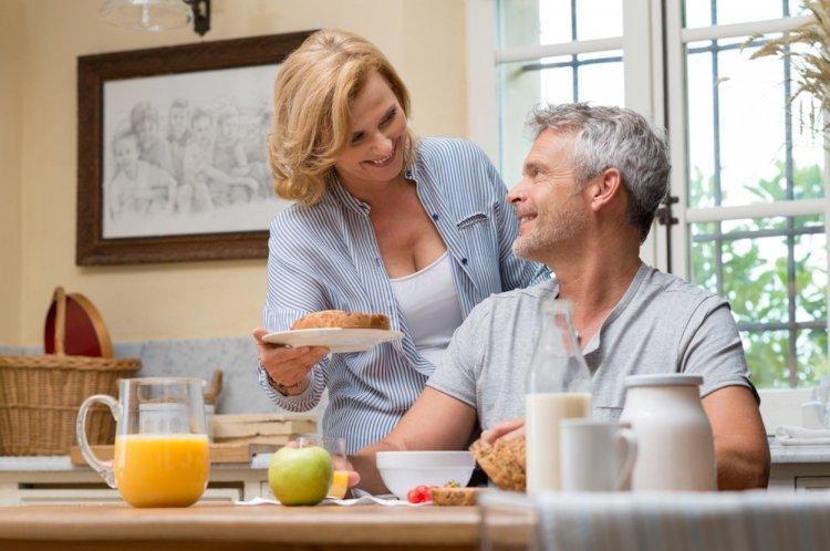 Ученые: продолжительность жизни мужчины зависит от его жены