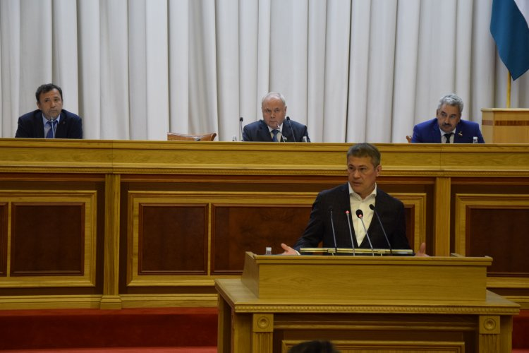 «Единая Россия» выдвинула Хабирова кандидатом на выборы Главы республики