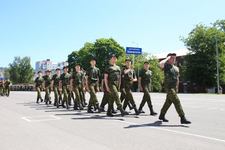 Подростки из Башкирии принимают участие в первой смене Юнармейского оборонно-спортивного лагеря «Гвардеец»