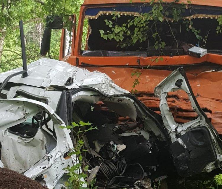 В Башкирии в страшном ДТП погибли 4 человека, в том числе 2 детей