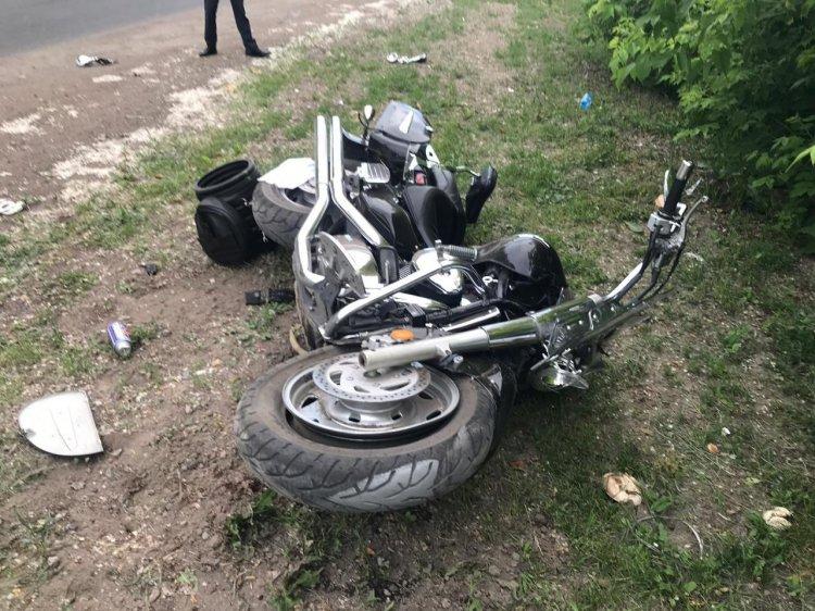 В Уфе мотоциклист погиб, врезавшись в столб