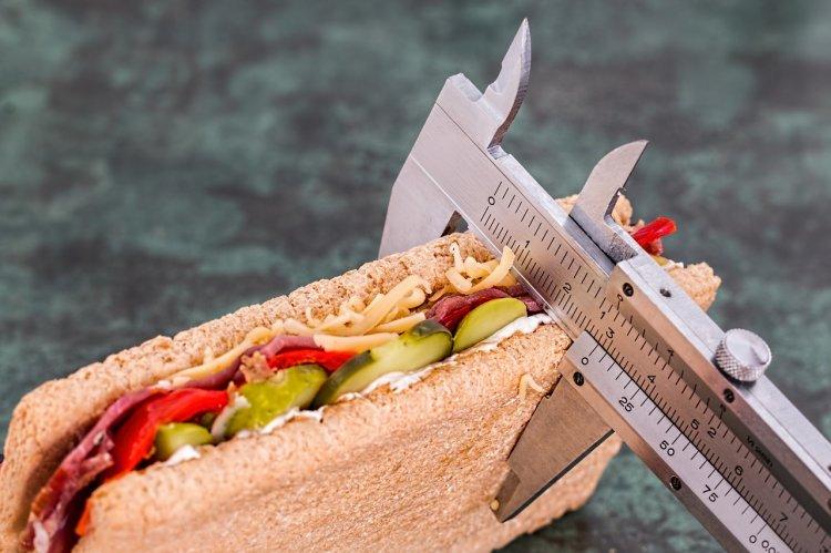 Как похудеть на 9 кг без жестких диет: волшебная методика известного доктора
