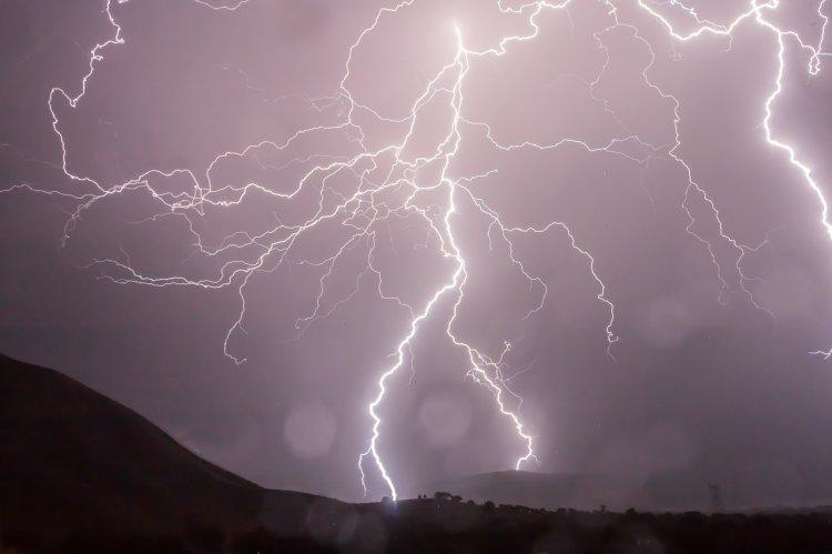 В Башкирии женщина погибла от удара молнии