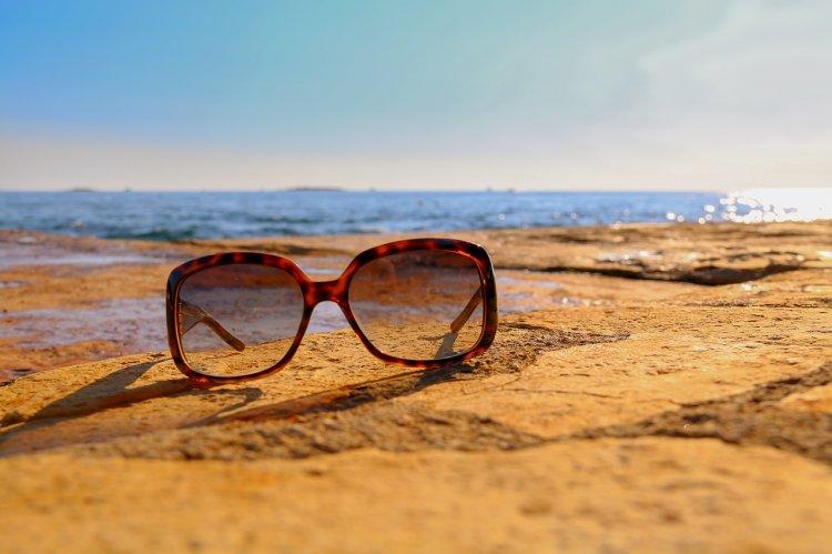 Раки попадают в беду на отдыхе чаще всего, а наилучший отпуск проводят Скорпионы