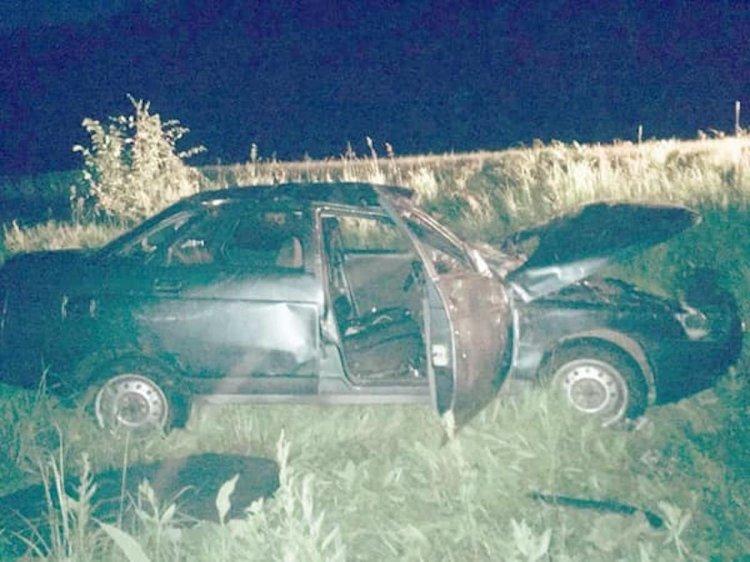 В Башкирии «бесправный» водитель опрокинул «десятку» в кювет