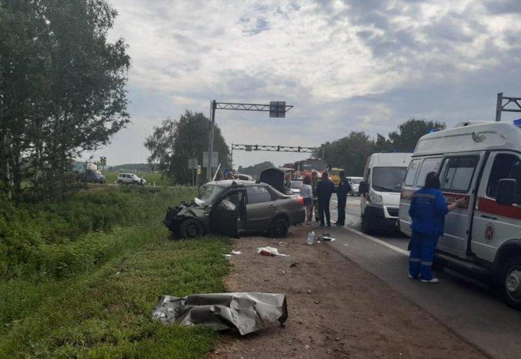 В Уфе произошло ДТП с шестью пострадавшими