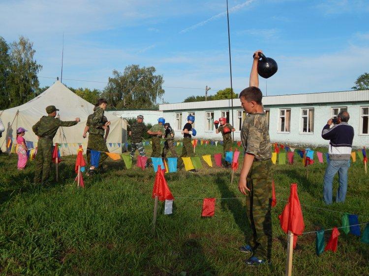 В Стерлитамакском районе состоялось торжественное открытие лагеря «Юный спецназовец»