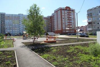 Дворы в городе Октябрьском преобразились благодаря проекту «Городская среда»