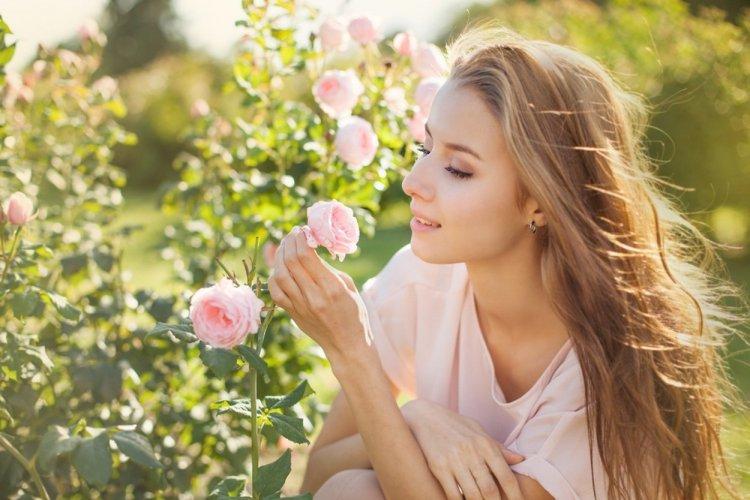 Какие цветы приносят удачу и деньги по знаку Зодиака
