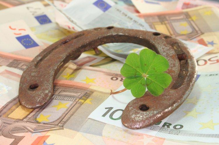 Как надежно привлечь удачу в денежных делах: несколько советов от экспертов