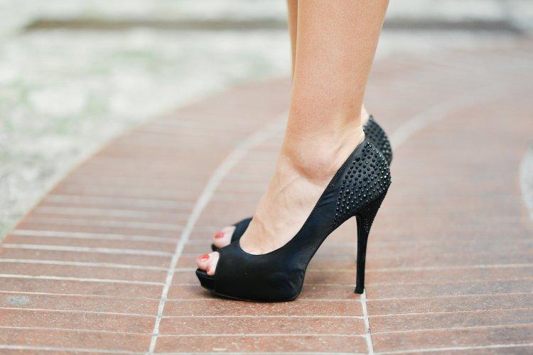 Неудобные ботинки или туфли способны причинить реальный вред здоровью