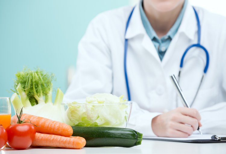 Диетолог Минздрава рассказал о 2-х законах правильного питания