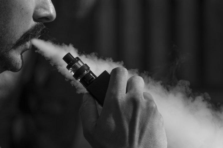 В России скоро вейпы и кальяны приравняют к табачной продукции