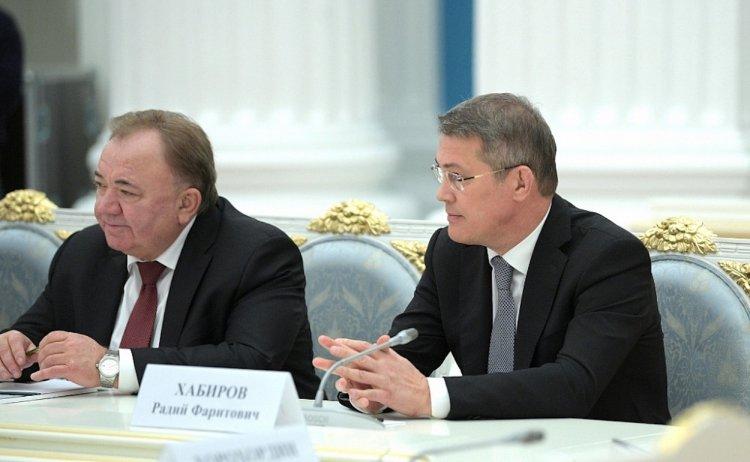 Владимир Путин встретился с избранными главами регионов