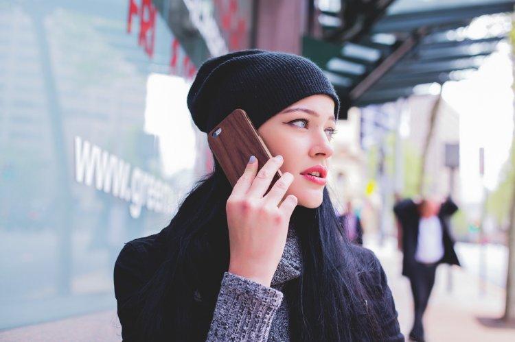 Фразы, которые нельзя говорить по телефону незнакомому собеседнику