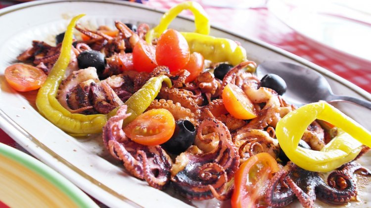 Диетологи назвали морепродукты, помогающие похудеть