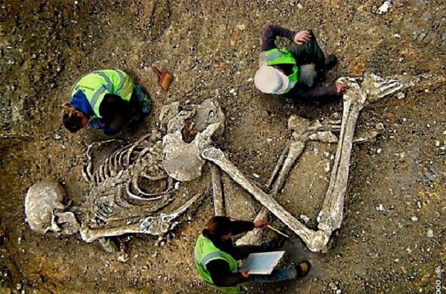 В Башкирии обнаружили могилу шестиметрового великана