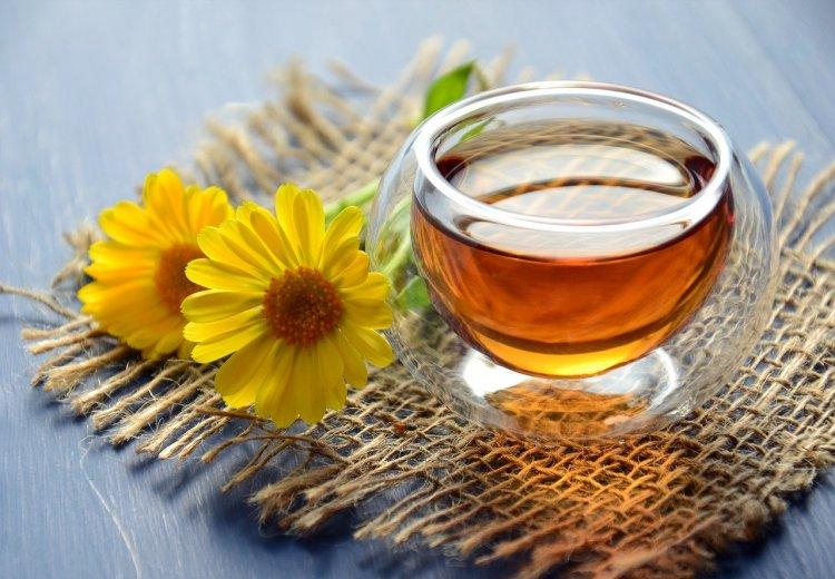 Зеленый и черный чай: какой подходит для гипотоников, а какой для гипертоников?