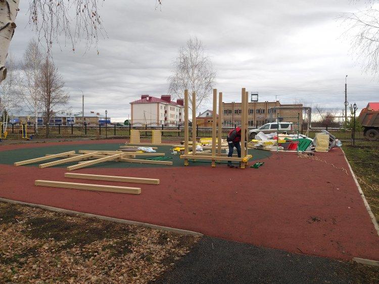 В Стерлитамакском районе в рамках «Городской среды» благоустроили парк