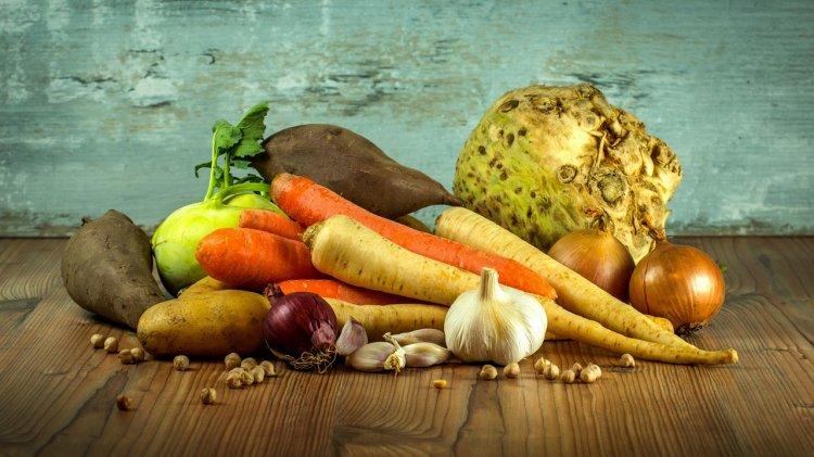 Не все овощи одинаково полезны: диетолог рассказала, когда нельзя есть редьку и морковь