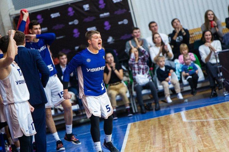 «Уфимец» одержал четвертую победу в Суперлиге-1