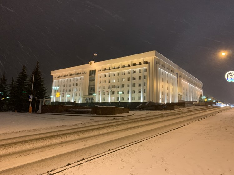 Глава Башкирии Радий Хабиров поручил проверить нелегальные такси