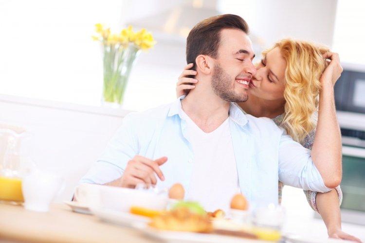 Любовный гороскоп на 12 декабря: Тельцы – действуйте, Водолеи – примите окончательное решение!