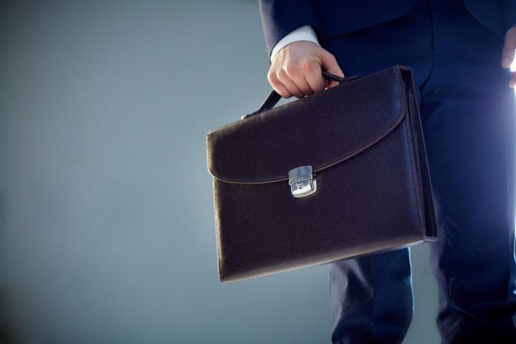 В Башкирию направят почти 100 млн на бонусы чиновникам