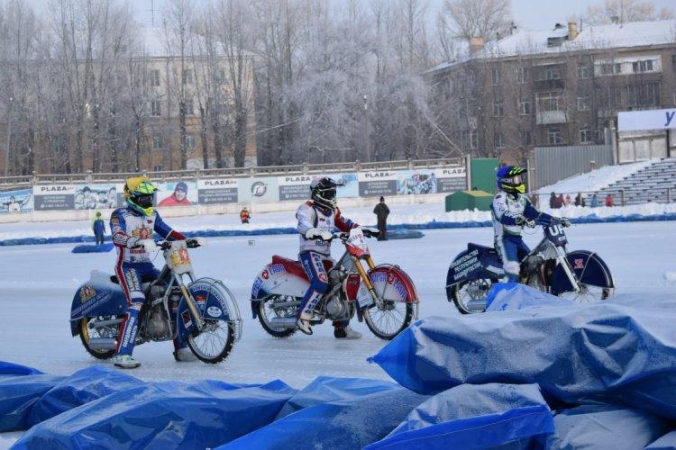 В Уфе определились финалисты личного чемпионата России по мотогонкам на льду