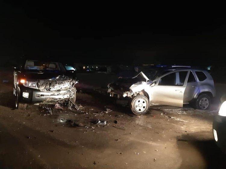 В Башкирии столкнулись Toyota Land Cruiser и Renault Duster, есть пострадавшие