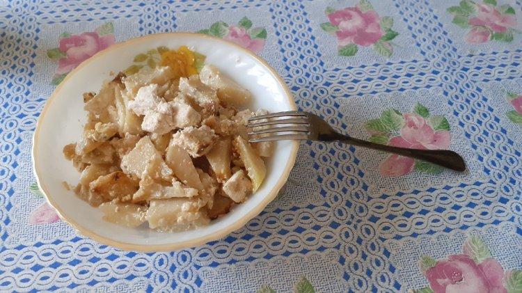Куриные грудки с картофелем в сметане: пошаговый рецепт приготовления