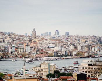 Неделя в Стамбуле от 30 000 рублей на двоих: «Интурист» продлевает чартерную программу до 30 апреля