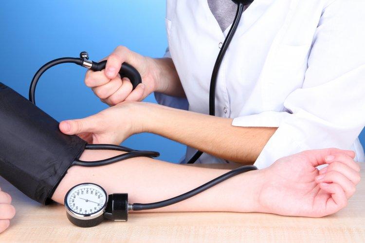 Врачи из Германии рассказали, какое питание помогает понизит артериальное давление