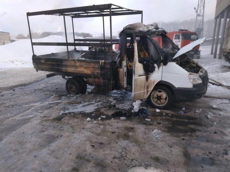 В Стерлитамаке сгорела ГАЗель, есть пострадавший