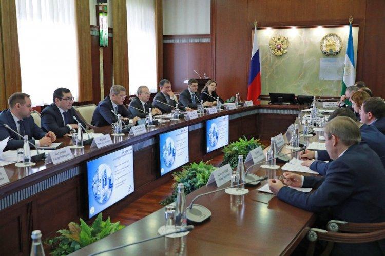 В Башкирии на «Инвестчасе» одобрили проект по производству малых архитектурных форм