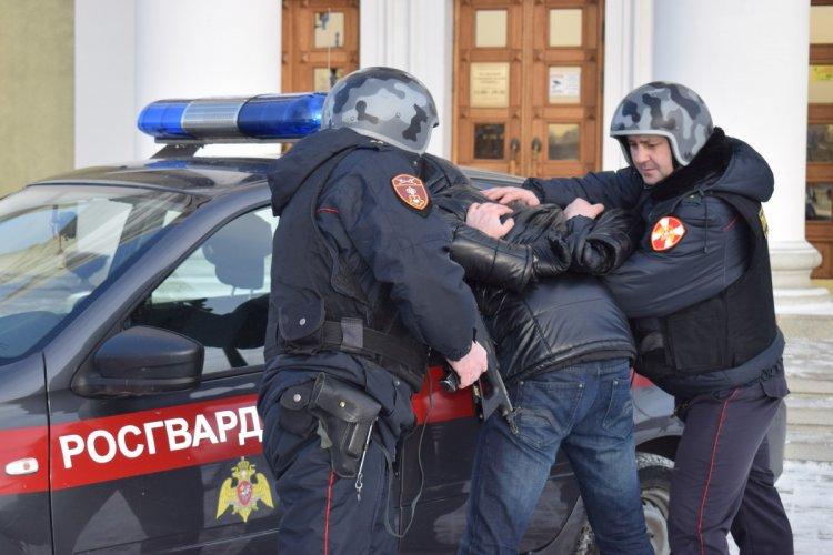 В Стерлитамаке сотрудники Росгвардии по горячим следам задержали грабителя