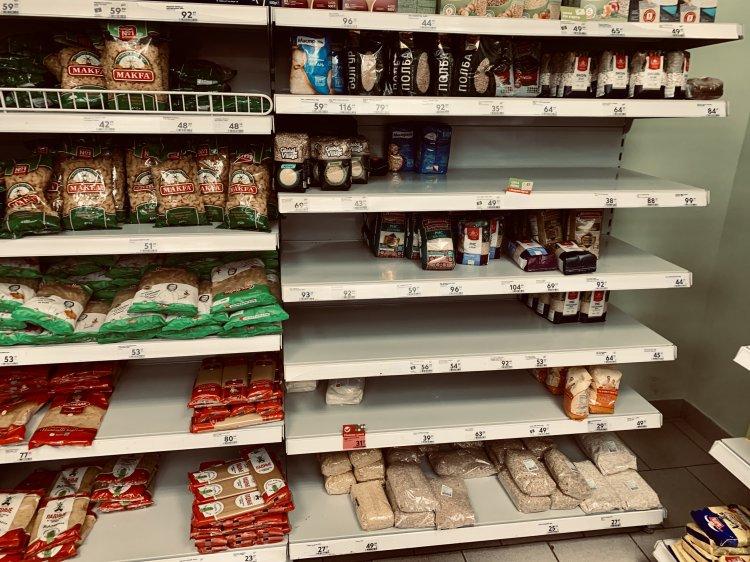 Власти РФ формируют пул поставщиков продуктов на случай срывов поставок